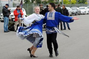 Народные гуляния, посвященные празднованию Дня России